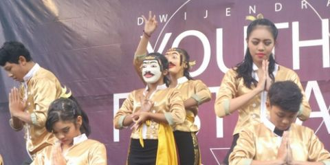 Dance Competition Dwijendra Youth Festival